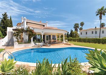 Villa Yolanda in Portugal