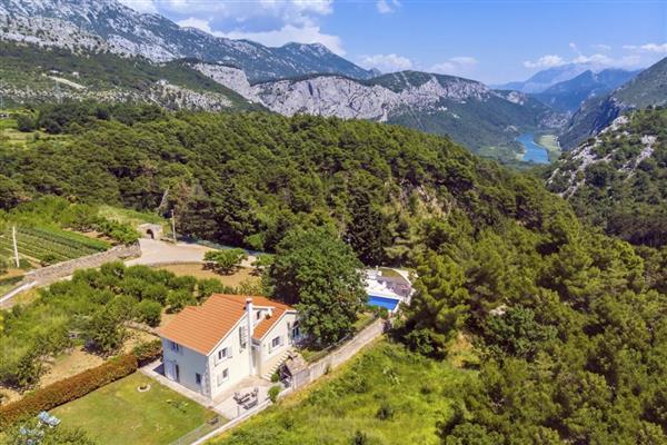 Villa Zaku in Općina Omiš