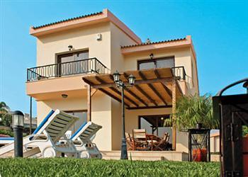 Vineland 15, Pissouri Bay, Cyprus With Swimming Pool