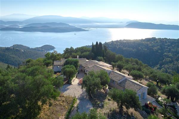 Yaneleni in Ionian Islands