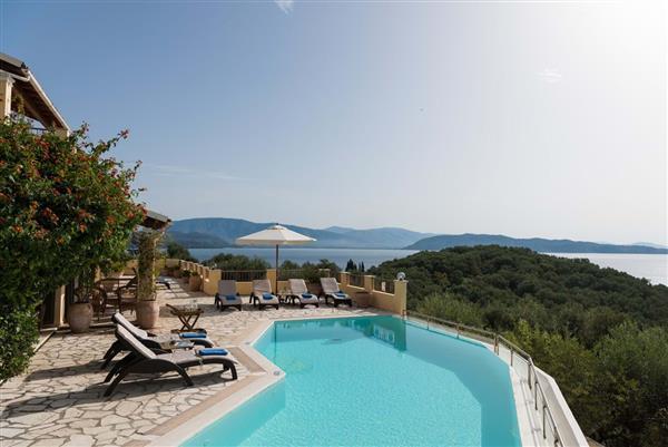 Yialiskari Bay House in Ionian Islands